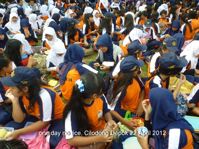 one-day-no-rice-depok-22042012411.jpg