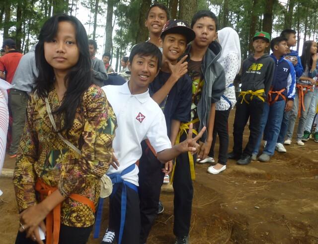 temupisah-smp14-llembang-2012411.jpg