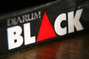 jarum black